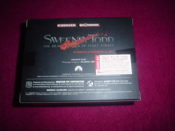 Caja Sweeney Todd Versión Kubrick